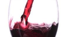 美肌や健康に!赤ワインの効能
