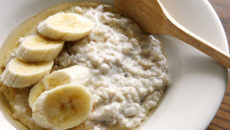 ダイエット食としてもオススメ!オートミールで作る朝食・ポリッジとは?