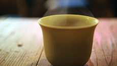 安くて低カロリー!花粉症に効く甜茶を始めてみよう