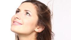 今日から始めよう!乾燥肌を防いで、肌に潤いをもたらす4つの方法