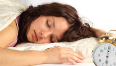ダイエットや美肌にも影響する!体内時計をリセットする方法