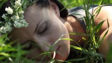 美は眠りから!五感を癒して質の良い睡眠をとるための4つの方法
