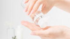スキンケアの基本!化粧水の付け方とおすすめ化粧水